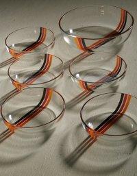 ADERIA GLASS アデリア サラダセット  アベニュー(オレンジ/レッド/ブラック)   L:1個 Ø21×D5.8(cm)/S: 5個 Ø13.9×D4(cm)