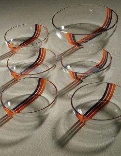 画像1: ADERIA GLASS アデリア サラダセット  アベニュー(オレンジ/レッド/ブラック)   L:1個 Ø21×D5.8(cm)/S: 5個 Ø13.9×D4(cm)