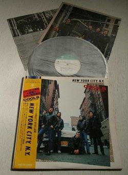 """画像1: LP/12""""/Vinyl  """"NEW YORK CITY, N.Y.  """" (1979) COOLS ROCK ABILLY CULUB クールス・ロカビリー・クラブ TRIO RECORDS 帯/P8カラー写真集/歌詞カード付"""