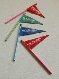 OKLAHOMA SOONER STATE オクラホマ州スーヴェニアフラッグペンシル color: レッド、ブルー、グリーン