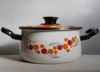 ホーロー両手鍋 バルーン、フラワー柄(オレンジ/レッド/カーキ/ブラック) size: Ø20cm coloer: 蓋 オレンジ、本体 ホワイト