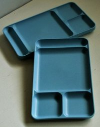 "Tupperware  MADE IN U.S.A.   ""divided dish"" BLUE   タッパーウェア  ディバイデットディシュ ブルー  各1枚"