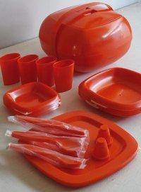 Panton Era   MASTER PICNIC SET Plastic Ware  プラスチック製ピクニックセット 4人用  (S&P、カップ4、ディナープレート4、ナイフ4、スプーン4、フォーク4、小ボウル4、大ボウル4)