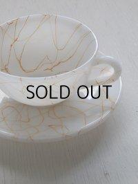 "Hazel-Atlas Cup and Saucer Spaghetti String Drizzle/Butterscotch Drizzle ヘーゼルアトラス ""スパゲティードリズラー"" size: カップ:Ø9.6 (W11.8)×H5.5(cm)/ ソーサー:Ø14.3cm"