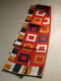 スカーフ 幾何学模様 長方形 絹100%  size: W27×L114(cm)