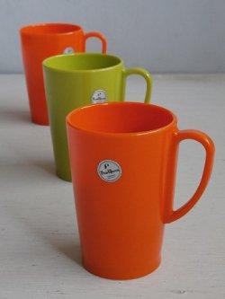 画像1: Pearl Queen プラスチックマグカップ color: オレンジ/グリーン  size: Ø6.9×H10.1×Ø5.4(cm) 各1個
