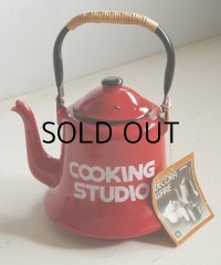 "DECORA WARE ホーローケトル K-2  ""COOKING STUDIO"" size: 1.8 L color: レッド 箱付"