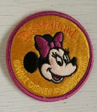 Disneyland  Minnie Mouse Patch ミニーマウス ワッペン  刺繍タイプ  size: Ø8cm  WALT DISNEY PRODUCTIONS