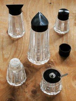 画像1: 卓上用調味料入れセット  ディスペンサーL/ディスペンサーM/ シェイカーS&P/ スプーン付ケース  ガラス/プラスチック素材
