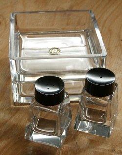 画像1: HOYA GLASS 保谷グラス ソルト&ペッパーシェイカー/ 角皿2pc