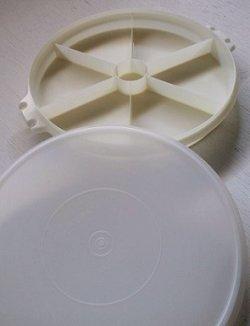 """画像1: Tupperware タッパーウェア オードブル皿 """"Party Susan(パーティースーザン)"""" Ø32cm/ホワイト (ハンドルなし)"""