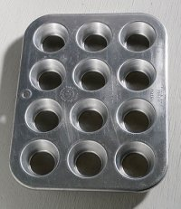 United Aircraft Products   Muffinaire Junior Mini Muffin Pan  Made in USA    マフィンパン(12個仕様)