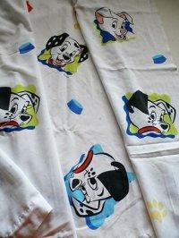 """101 dalmatians  flat sheet twin U.S.A.  ユーズド """"101匹わんちゃん""""  フラットシーツ  ツインサイズ: 160×240(cm) 素材: ポリエステル70%、コットン30%"""