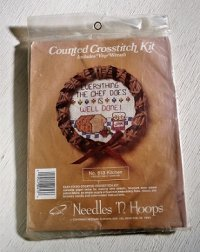 Counted Crosstitch Kit Includes Vine Wreath  クロスステッチキット つるの花輪   No.613 Kitchen キッチン Needles 'N Hoops