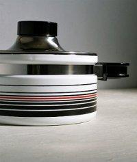 象印マホービン  ピエール・カルダン ホーローウェア キャセロール FUB-18  color: ホワイト/ストライプ  Φ18cm /2.2L