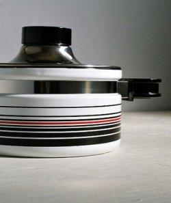 画像1: 象印マホービン  ピエール・カルダン ホーローウェア キャセロール FUB-18  color: ホワイト/ストライプ  Φ18cm /2.2L