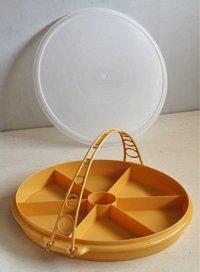 Tupperware タッパーウェア パーティースーザン/オードブル皿  イエロー ハンドル付  size: Φ35.5×H4.3(cm) 2,000ml