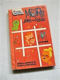 "ハードカバー洋書 キッズ/絵本  Wonder Books Easy Readers ""More Jokes and Riddles"" (Hardcover)  COMPILED by JONATHAN PETER / PICTURES by ALBERT AQUINO (1963)"