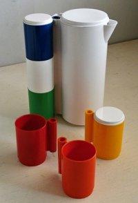 USED  INGRID Chicago  プラスチックピクニックピッチャー&スタッキング6pcカップセット  size: H29.5×W23×W17(cm)