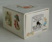 洋書  ピーターラビット ミニ絵本全12冊セット  12-Copy Miniature Collection Box  The Miniature World of Peter Rabbit:  / Beatrix Potte   Frederick Warne & Co., 1989