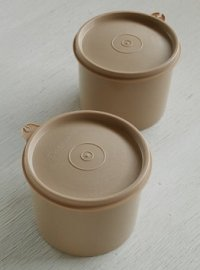 Tupperwear タッパーウェア  丸形シール容器/コンテナー 2pcセット