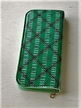 da0060226ea4f 筆箱 ペンケース ビニールカバー color  グリーン ブラッククロスライン ホワイトパターン size  L21.3×W9.7×D2.5(cm)