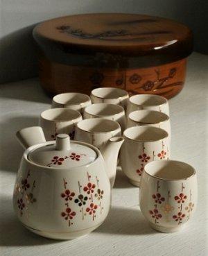 画像1: 玉泉  急須、湯呑9客、お茶桶セット  梅の花柄
